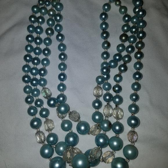 Jewelry - Vintage necklace